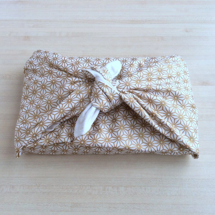 Coudre un Furoshiki emballage cadeau (tuto couture débutant)