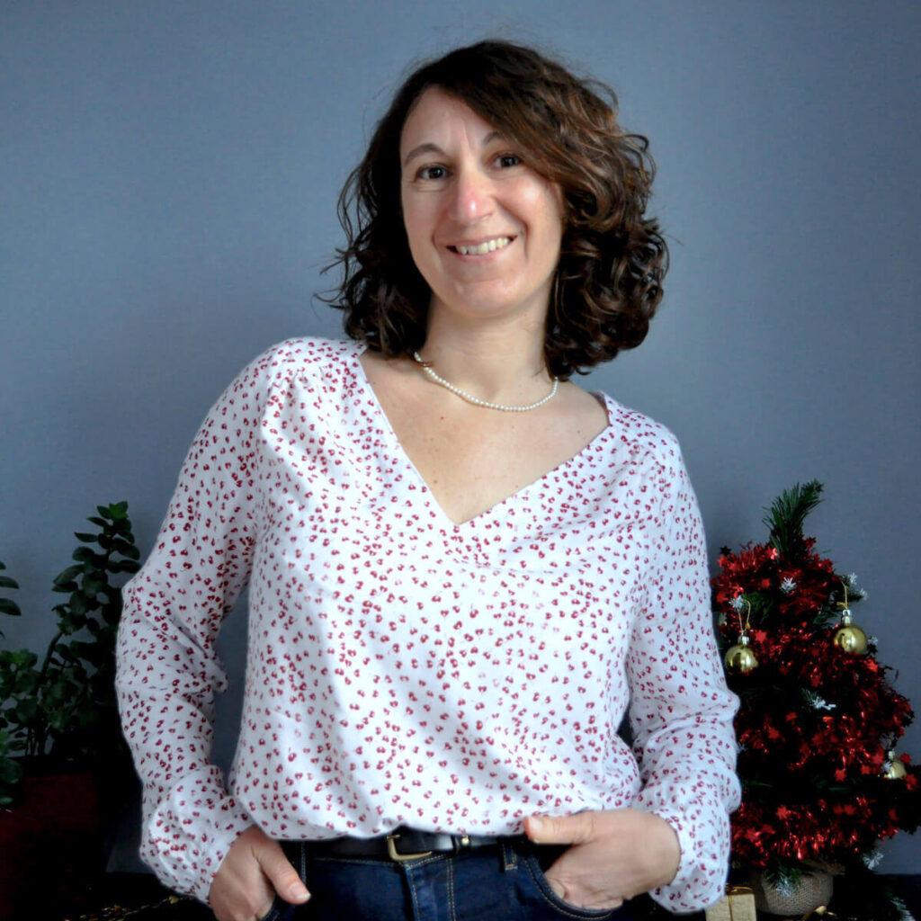 blouse suun de p&m patterns avec une jolie viscose, patron de couture haut pour femme