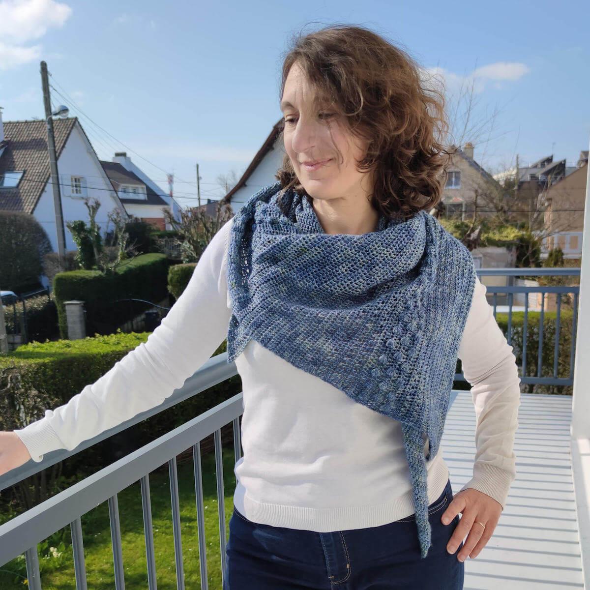 Elliana, un châle au crochet moderne et facile