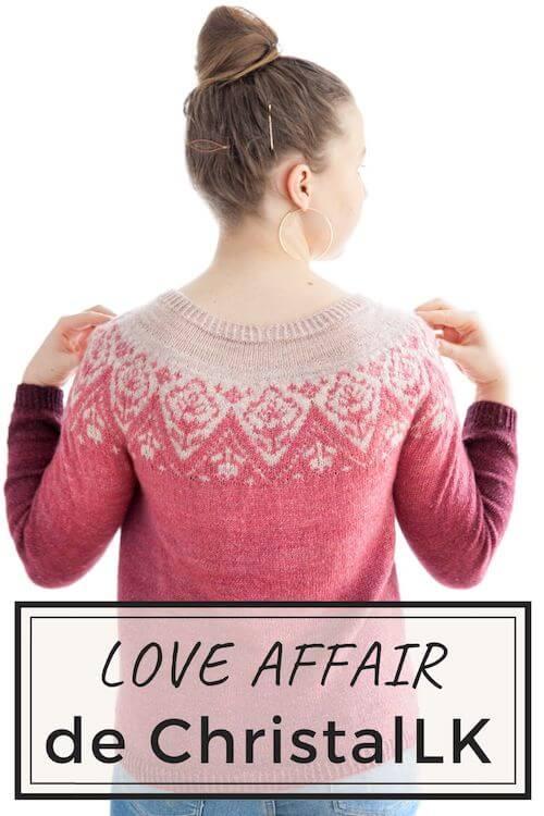 Pull tricot femme avec du jacquard et des fleurs patron de modèle Love Affair de christelle nihoul à télécharger coups de cœur pour le printemps
