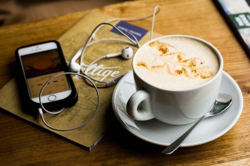 podcast audios à écouter toute la journée