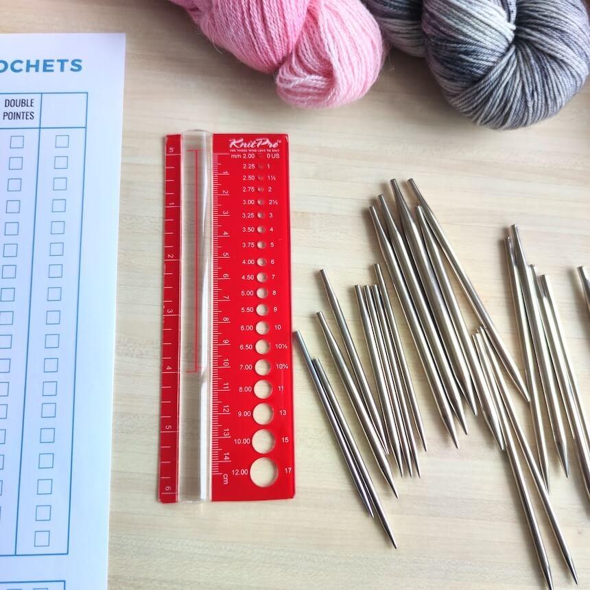 Jauge Knit Pro pour faire l'inventaire de ses aiguilles circulaires
